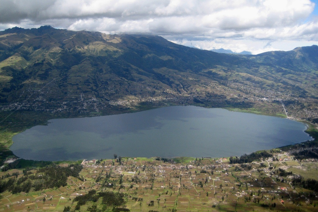 View on Camuendo and Lake San Pablo in the background